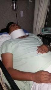 Con lesiones en el cráneo y derrame cerebral akumaleño se encuentra grave en la concha playa med en Cancún