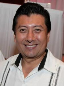 Jesus Pool Moo.Aspira a ser presidente de Cancún y gobernador en 6 años y la secretaria de Gobierno como trampolín para sus aspiraciones.