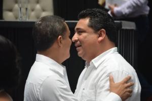 Esperemos que Raymundo King no le pida chance a Martínez Arcila de favorecer las iniciativas priistas.