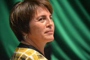 La sonrisa de la perredista Laura Beristain durante la sesión en la que el PRI perdió la Gran Comisión.